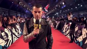 Mtv Ema2015: Max Brigante e Fabiola dominano il red carpet del Forum il video