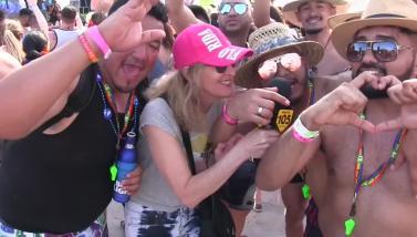 Vicky ci porta al coloratissimo Miami Beach Gay Pride 2018