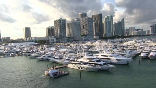 105 Miami: vi portiamo al Miami International Boat Show con Vicky