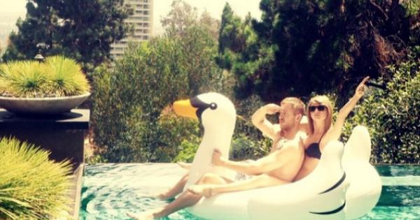 Taylor Swift: prima foto ufficiale con Calvin Harris