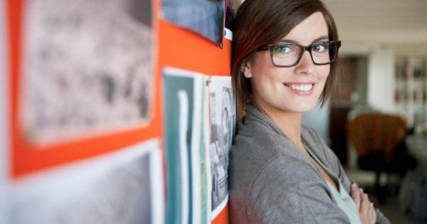 5 motivi per cui una ragazza con gli occhiali super sexy for Aprire le planimetrie con una vista
