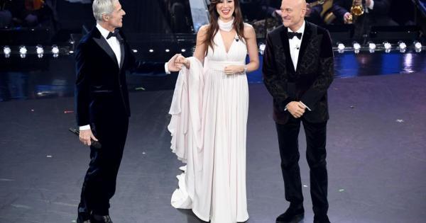 Sanremo 2019, terza serata: tra standing ovation e grandi emozioni. Le foto