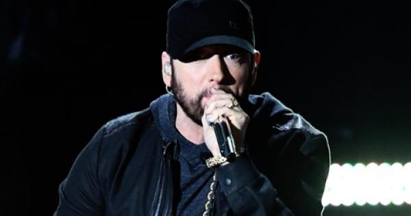 Eminem sorprende tutti con una performance agli Oscar 2020