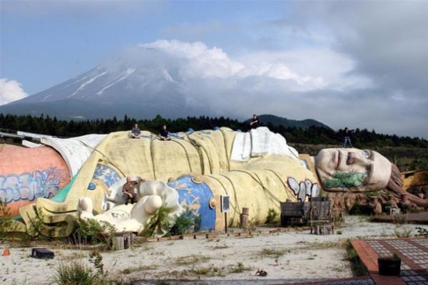Il parco dei viaggi di Gulliver (Kawaguchi, Giappone)