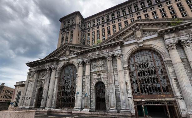 La stazione centrale del Michigan (Detroit, Michigan)