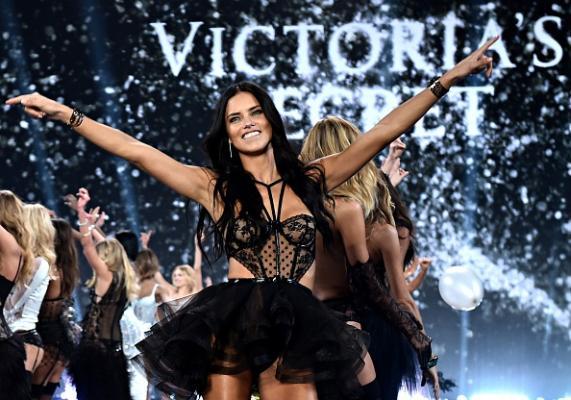 Victoria's Secret Fashion Show 2016: le modelle che sfileranno