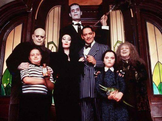 Ecco Come Sono Diventati I Personaggi Della Famiglia Addams Oggi