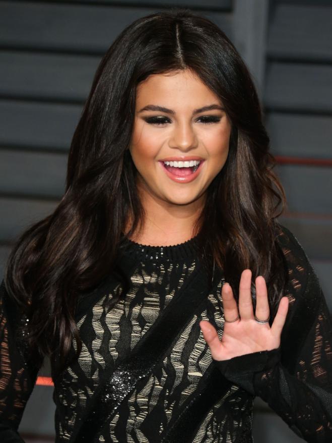 quanti anni era Selena Gomez e Justin Bieber quando hanno cominciato ad uscire con1 su 1 matchmaking Atlanta GA