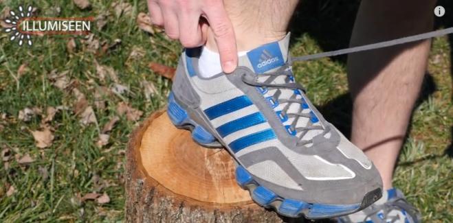 separation shoes 41dd7 54d06 A cosa serve il buco extra sulle scarpe da tennis? - Radio 105