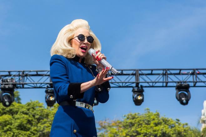 Lady Gaga: donazione per le vittime del terremoto in Italia