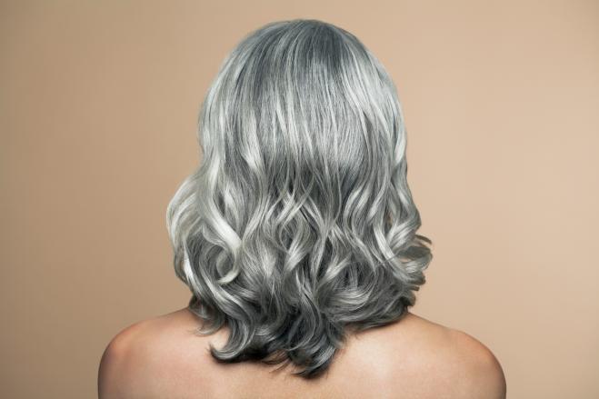 Sarà vero che lo stress fa diventare i capelli grigi  - Radio 105 d9221839e376