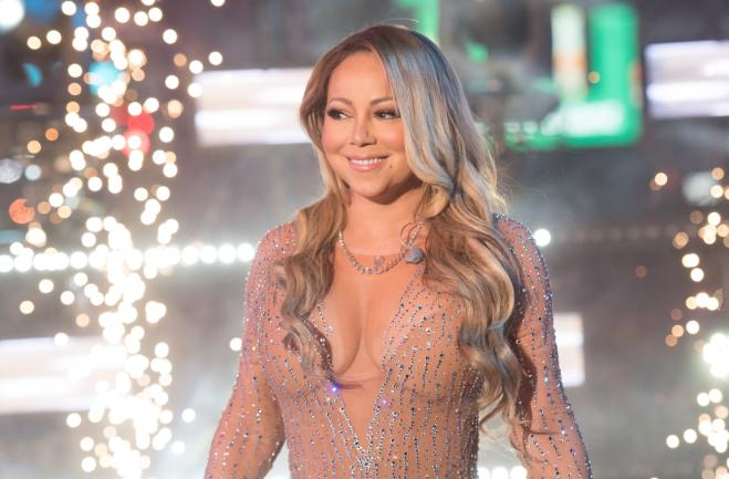 Concerto di Capodanno a New York, salta il playback di Mariah Carey