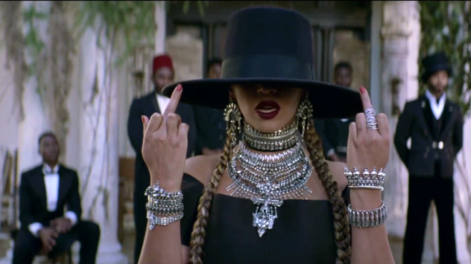 Beyoncé citata in giudizio per Formation! L'accusa chiede 20 milioni