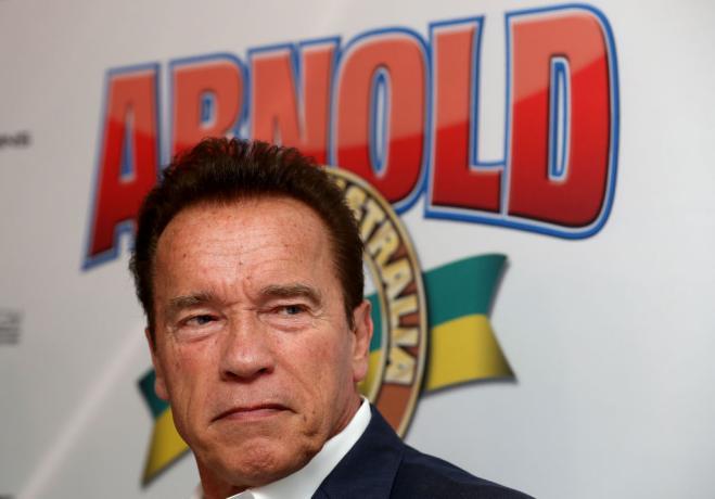 Paura per Arnold Schwarzenegger, intervento a cuore aperto