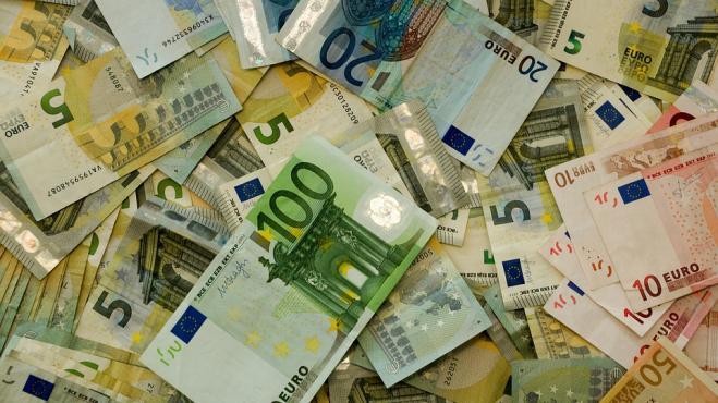 Restituiti 600 euro al bancomat: gesto di onestà a Civita Castellana