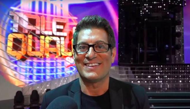 Enrico Papi Sarabanda torna in tv: ecco quando andrà in onda