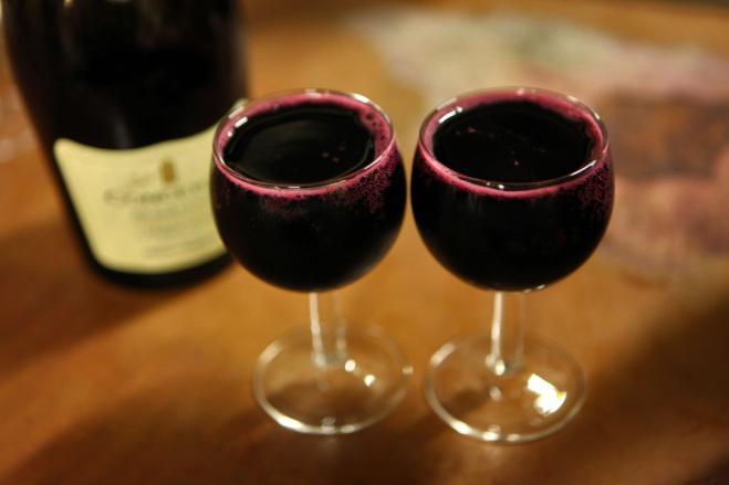 Ti piace bere vino rosso? Invecchierai più lentamente