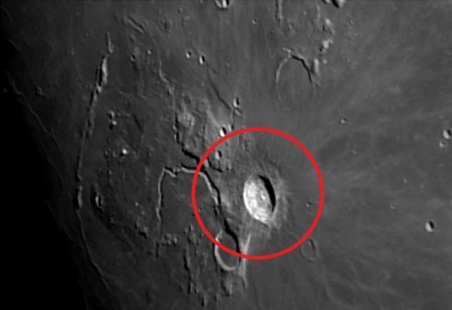 Incontri crateri lunari