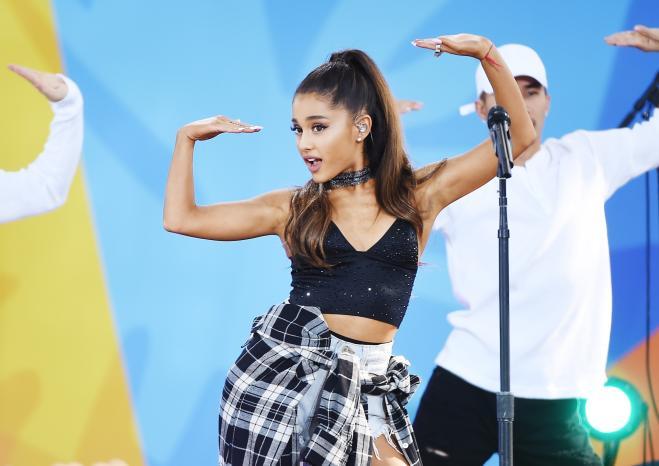 Ariana Grande tornerà a cantare a Manchester per un concerto di beneficenza