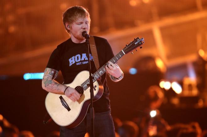 Ed Sheeran lascia Twitter: troppe trollate e offese