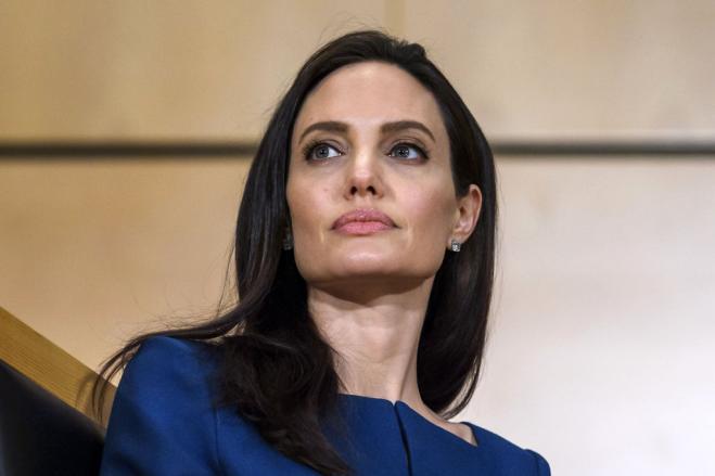 Angelina Jolie: i miei figli si stanno ancora riprendendo dal divorzio