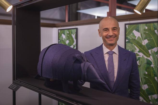 Azienda italiana offre euro per un posto di lavoro for Azienda italiana di occhiali