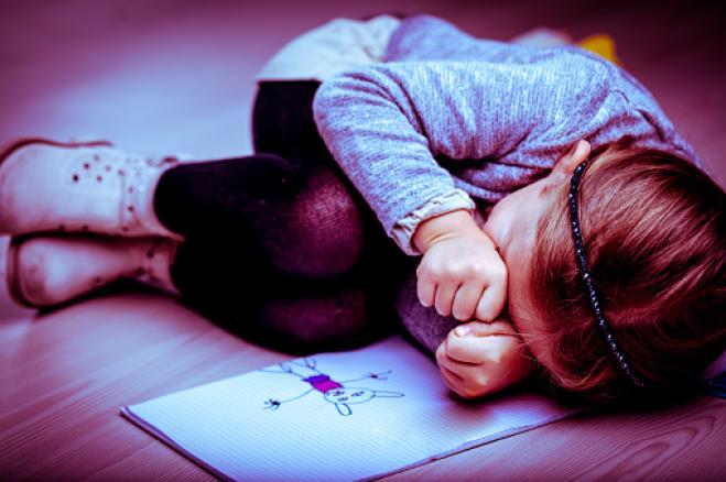 Violenza minori: record di vittime nel 2016, oltre 5 mila