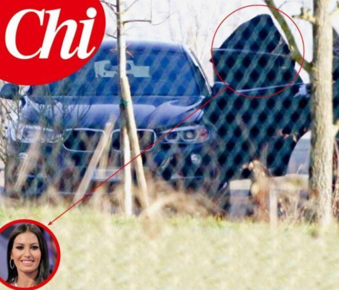 Elisabetta Gregoraci paparazzata in auto con l'imprenditore Francesco Bettuzzi