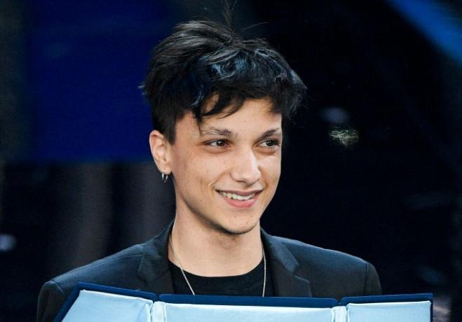 Chi è Ultimo, il vincitore delle nuove proposte di Sanremo 2018