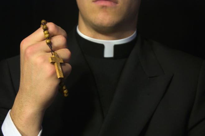 Don Marco contro i preti pedofili: