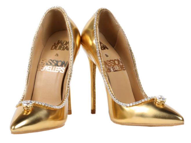 nuovo stile 170e9 7f56b Dubai, 17 milioni di dollari per le scarpe più costose del ...