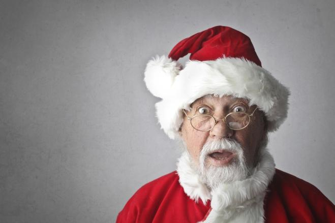 Come Dire Che Babbo Natale Non Esiste.Babbo Natale Non Esiste Il Parroco Fa Piangere I Bambini Radio 105