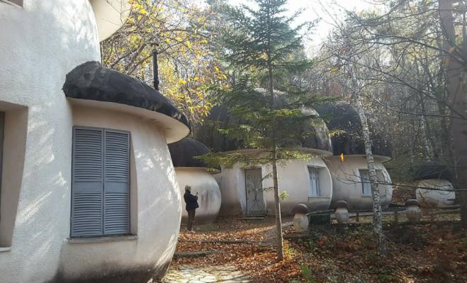 Il villaggio dei Puffi esiste davvero, si trova nei boschi della Liguria