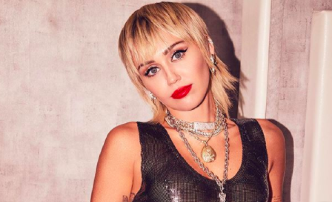 Miley Cyrus, addio alla dieta vegana: ero malnutrita