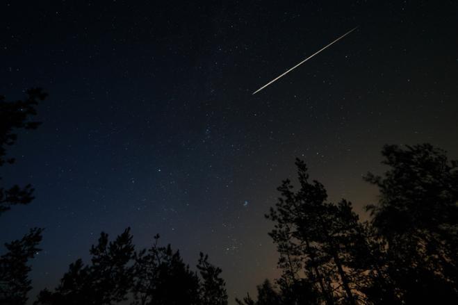 La cometa Neowise fa capolino nel cielo sopra Rimini