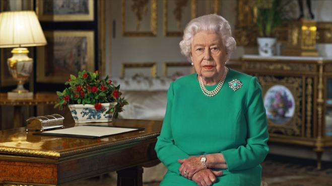 La Regina Elisabetta non apparirà in pubblico per mesi
