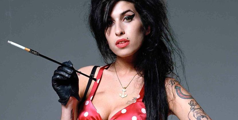 Amy Winehouse, il ricordo di 105