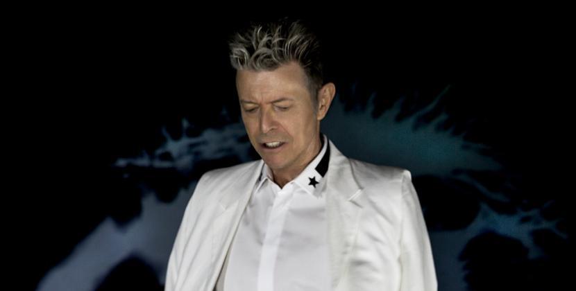 Un anno fa moriva David Bowie: le foto di un mito
