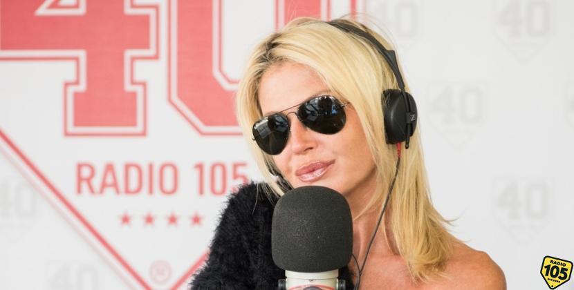 "Nathalie Caldonazzo ""naufraga"" a 105 Take Away, le foto"