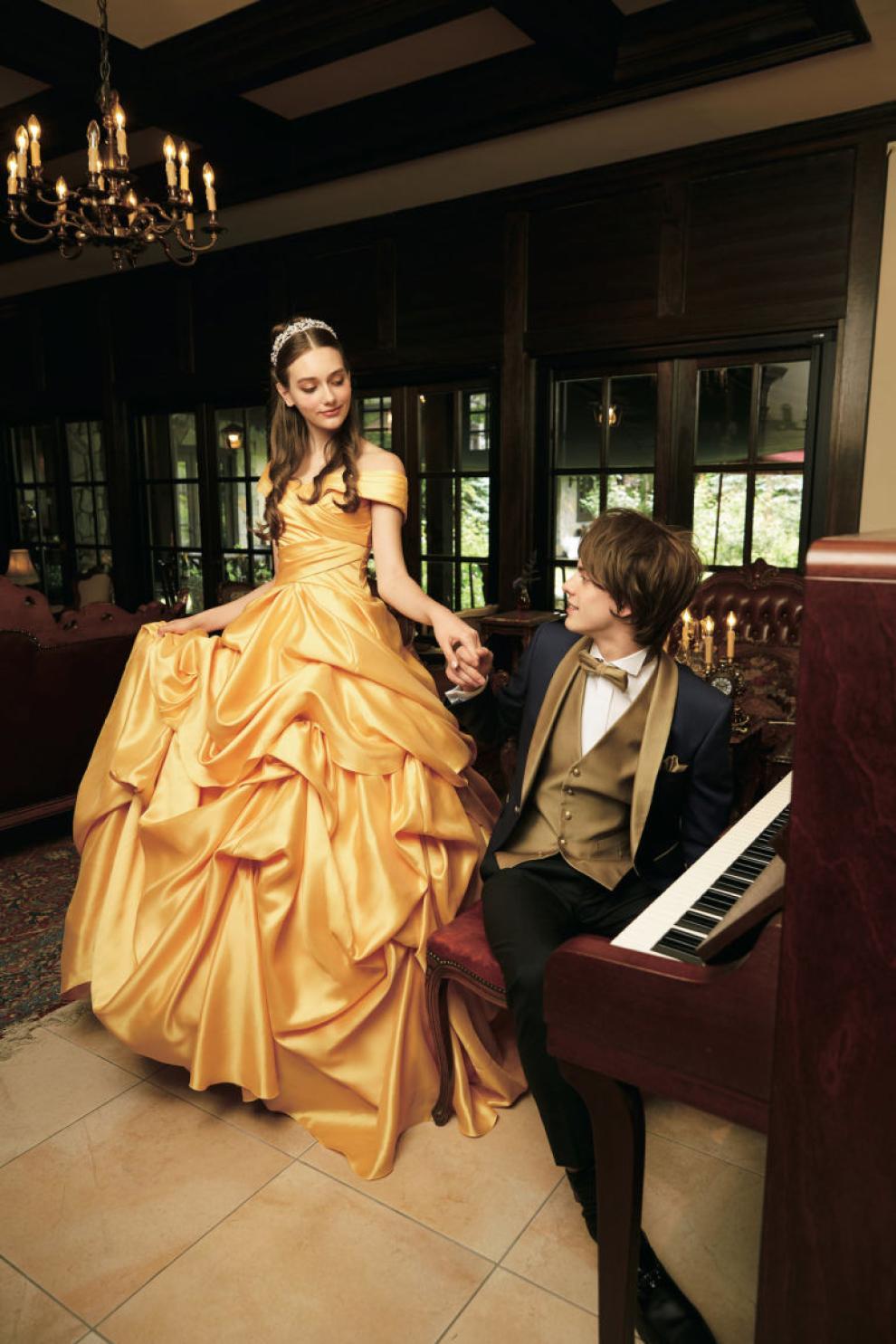 cheaper fd36f c33c3 La Disney ora produce abiti da sposa ispirati alle sue ...