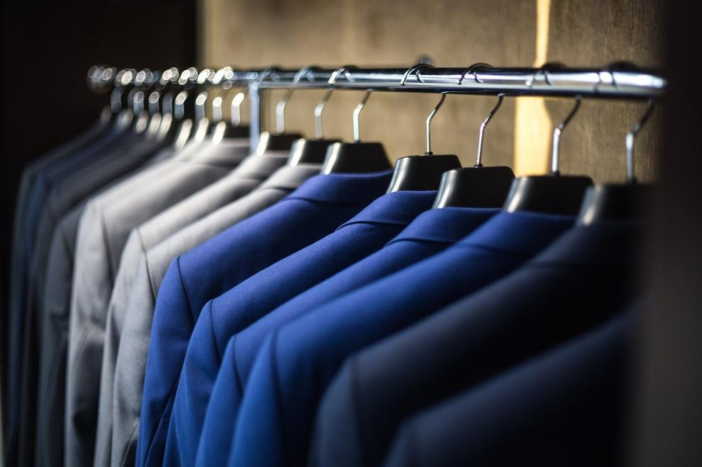4. Perdere tempo a vestirsi