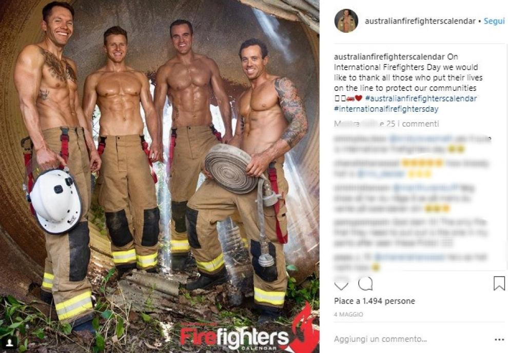Calendario Pompieri Americani.Ecco Il Super Sexy Calendario Dei Vigili Del Fuoco