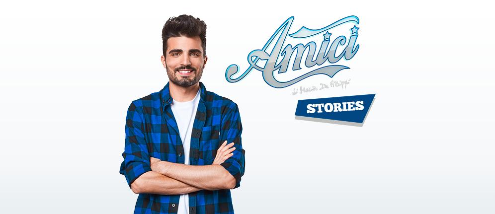 Parte Amici Stories, il nuovo programma on air dedicato alla scuola più seguita d'Italia