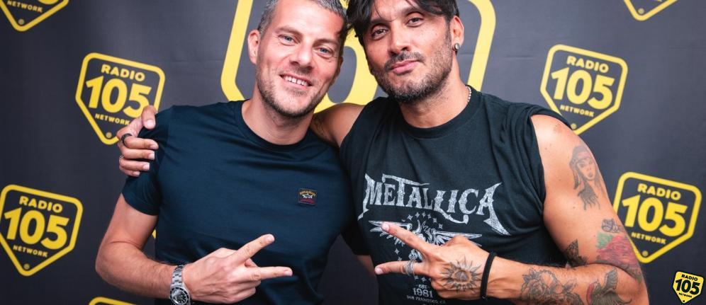 Fabrizio Moro a 105 Mi Casa: le vostre foto con il cantante!